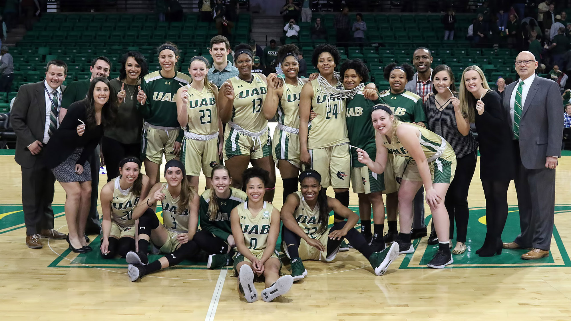 info for 9c203 ee307 2017-18 Blazers Set Standard for UAB Women's Basketball ...